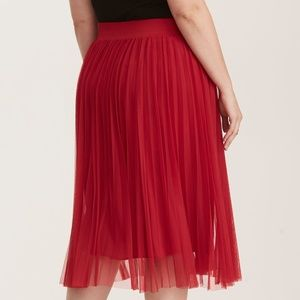Torrid Skirts - RETRO RED * FLOATY MESH OVERLAY SKIRT * BBW Sz. 5x